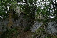 Lespugue - ruine du château.JPG