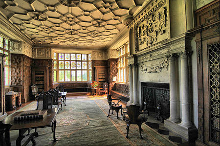 The former Great Chamber, now furnished as a library Library at Montacute House (4676328238).jpg