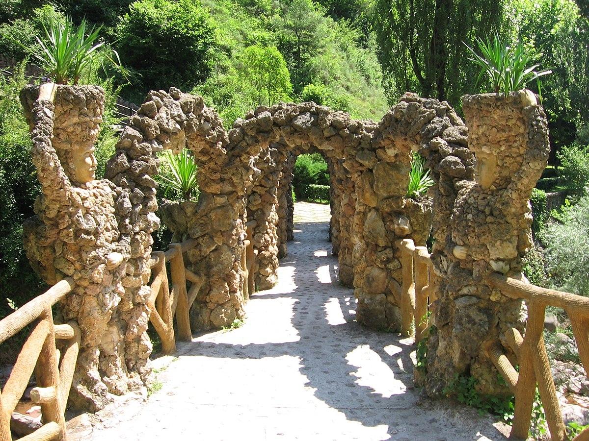 Artigas gardens wikipedia for Barcelona jardin gaudi
