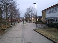 Lindome centrum, den 16 april 2006, bild 1.JPG