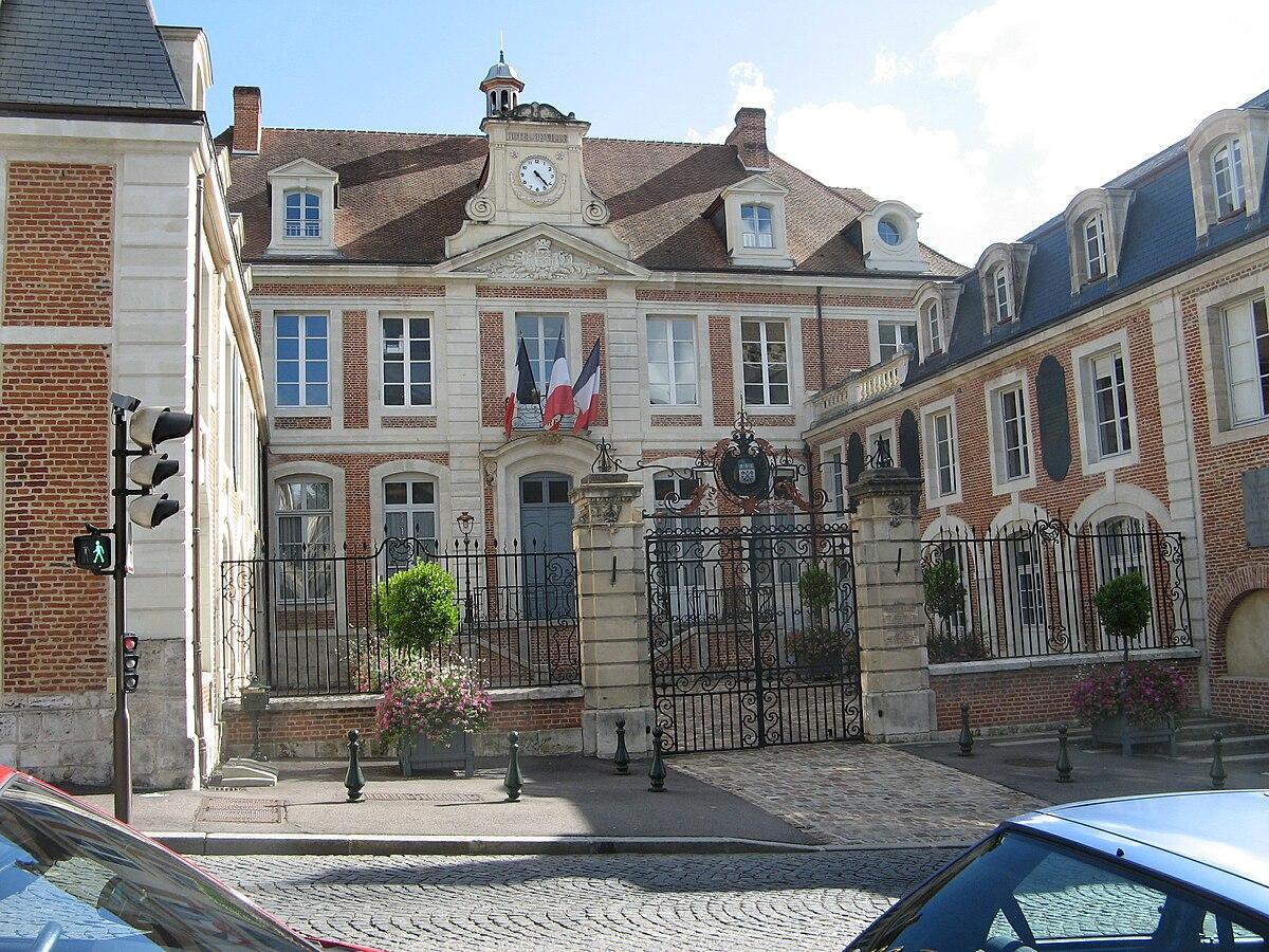 Unit urbaine de lisieux wikip dia for Piscine lisieux
