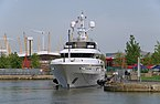 "London MMB »0Z6 Wood Wharf and ""Emelina"".jpg"