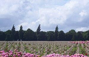 Notre Dame de Lorette - Image: Lorrette Cemetery