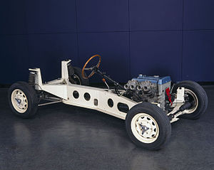 Backbone chassis - Lotus Elan chassis with rear Chapman strut suspension