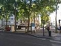 Lyon 7e - Place Émir Abd El-Kader 1 (mai 2019).jpg