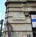 MI-Milano-via-Errico-Petrella-000-targa.jpg