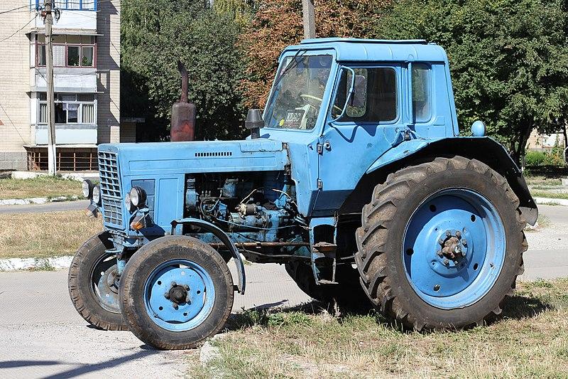 Трактор производства Минского завода