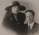 Macdonald Smith and wife Louise - 1923.PNG