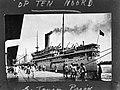 Mailboot SS Op ten Noord van de KPM in de haven van Tandjong Priok, Bestanddeelnr 934-8087.jpg