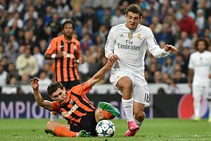 Mateo Kovačić - Kovačić playing for Real Madrid in a Champions League match against Shakhtar Donetsk in 2015.