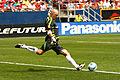 Matt Reis goal kick.jpg