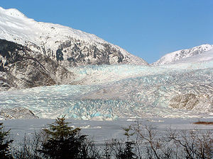Mendenhall Glacier - Mendenhall Glacier and frozen Mendenhall Lake