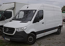 Mercedes-Benz Sprinter (2018) IMG 1995.jpg