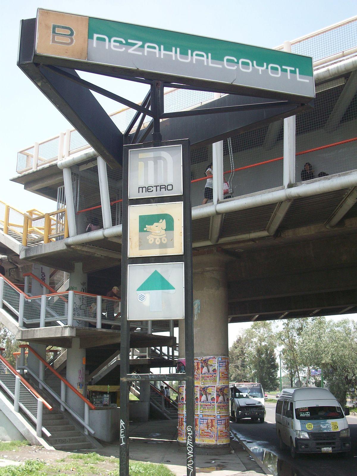 En el metro cd de mexico - 3 8