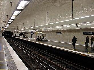 Varenne (Paris Métro) - Image: Metro de Paris Ligne 13 Varenne 01