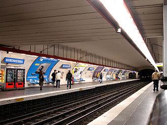 Miromesnil (Paris Métro) - Image: Metro de Paris Ligne 9 Miromesnil 01