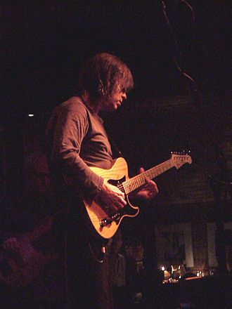 Mike Stern - Stern performing in Munich, 2001