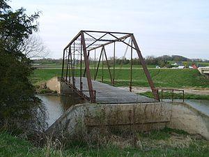 Mill Race Bridge - Image: Mill Race Bridge Fayette County Iowa 01