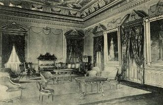 Miraflores Palace - Interior of the palace in the beginning of the 20th century