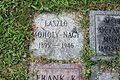 Moholy-Nagy Grave Chicago.jpg