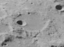 Moigno crater 4191 h1.jpg