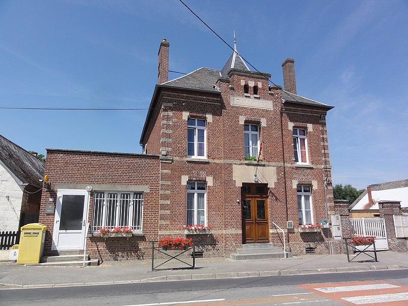 Monceau-le-Neuf-et-Faucouzy (Aisne) école et mairie