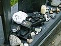 Monument der gevallen kinderen detail 3.JPG