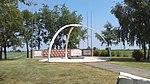 Monumento Operazione Herring - Dragoncello 01.jpg