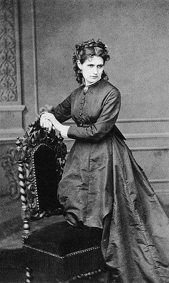 Berthe Morisot - Berthe Morisot