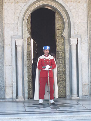 Moroccan Royal Guard - A member of the Moroccan Royal Guard at the Mausoleum of Mohammed V.