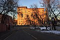 Moscow, beginning of Krutitskaya Street (31683814291).jpg