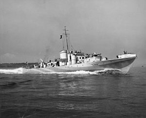 Peter Scott - Steam Gun Boat, MGB S309, under the command of Lieutenant Commander Peter Scott, underway at sea