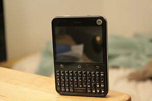 Motorola Charm - Image: Motorola Charm Model MB502
