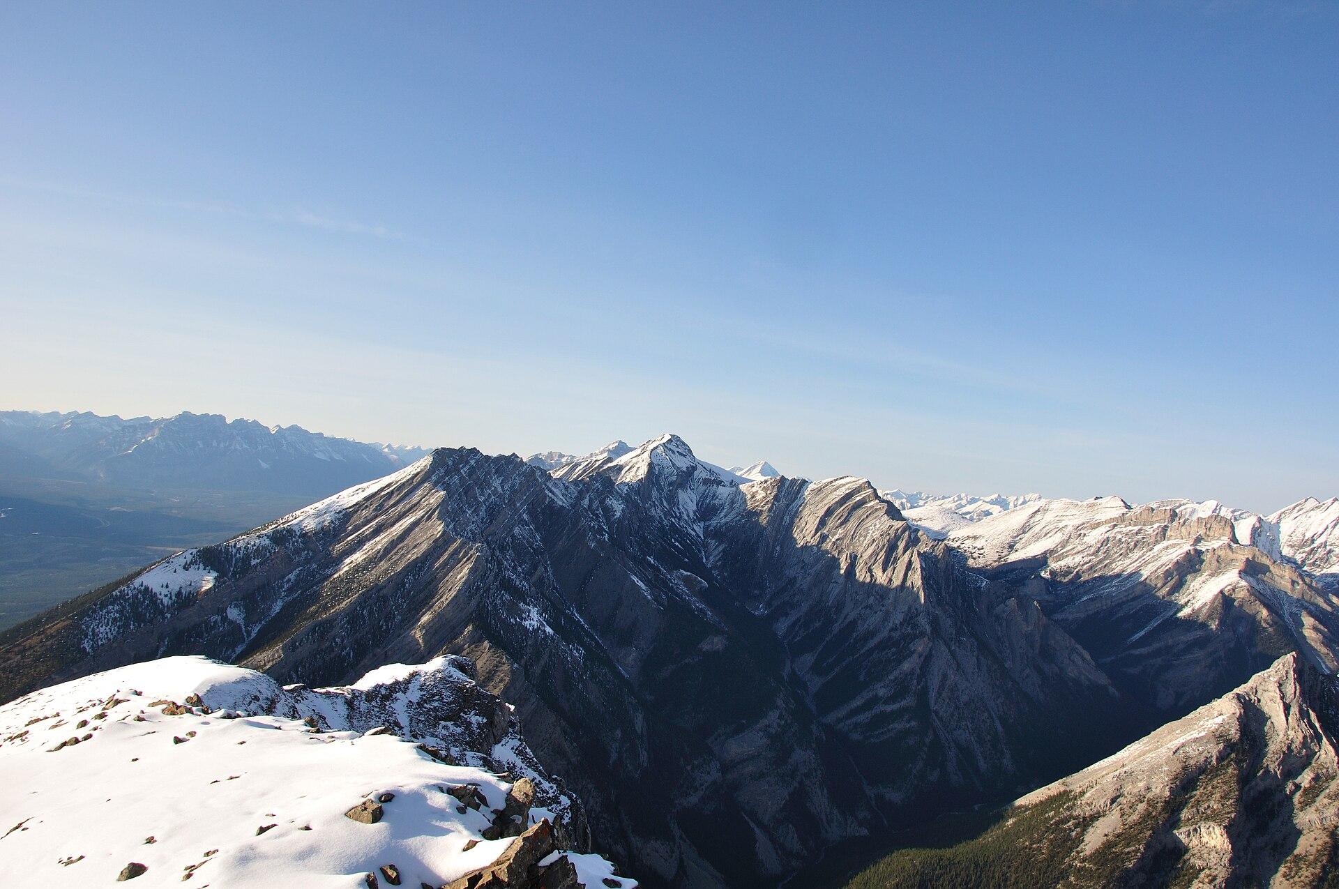 Mount Lady Macdonald - Wikipedia