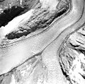 Muir Glacier, junction of tidewater glacier and remnents, August 31, 1974 (GLACIERS 5718).jpg