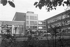 Mutterhaus der Anschar-Schwesternschaft des Deutschen Roten Kreuzes (DRK) im Kronshagener Weg 128a (Kiel 55.808).jpg