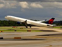 N819NW - A333 - Delta Air Lines