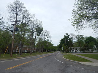 New York State Route 18F - NY 18F heading east from Fort Niagara State Park entrance