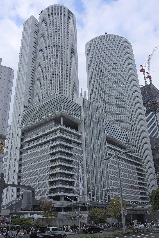 Nagoya JR Central Towers dk3823.jpg