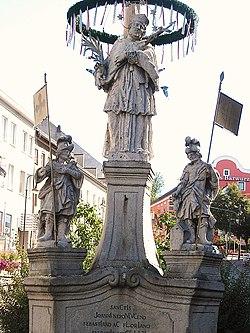 Neopmuk-Denkmal, Zwiesel.JPG