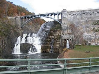 Croton Gorge Park - Image: New Croton Dam from below