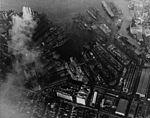 New York Naval Shipyard aerial photo 01 in December 1944.jpg