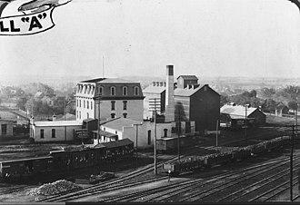 Newton station (Kansas) - Image: Newton Milling & Elevator Company photo 00066249