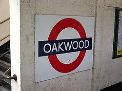 Oakwood (18518089).jpg