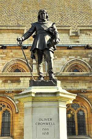 Statue of Oliver Cromwell, Westminster - Detail of the statue