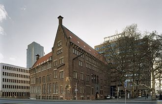 Willem de Kooning Academy - Willem de Kooning Academy building with adherent building (on the left).