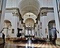 Padova Cattedrale di Santa Maria Assunta Innen Langhaus West.jpg
