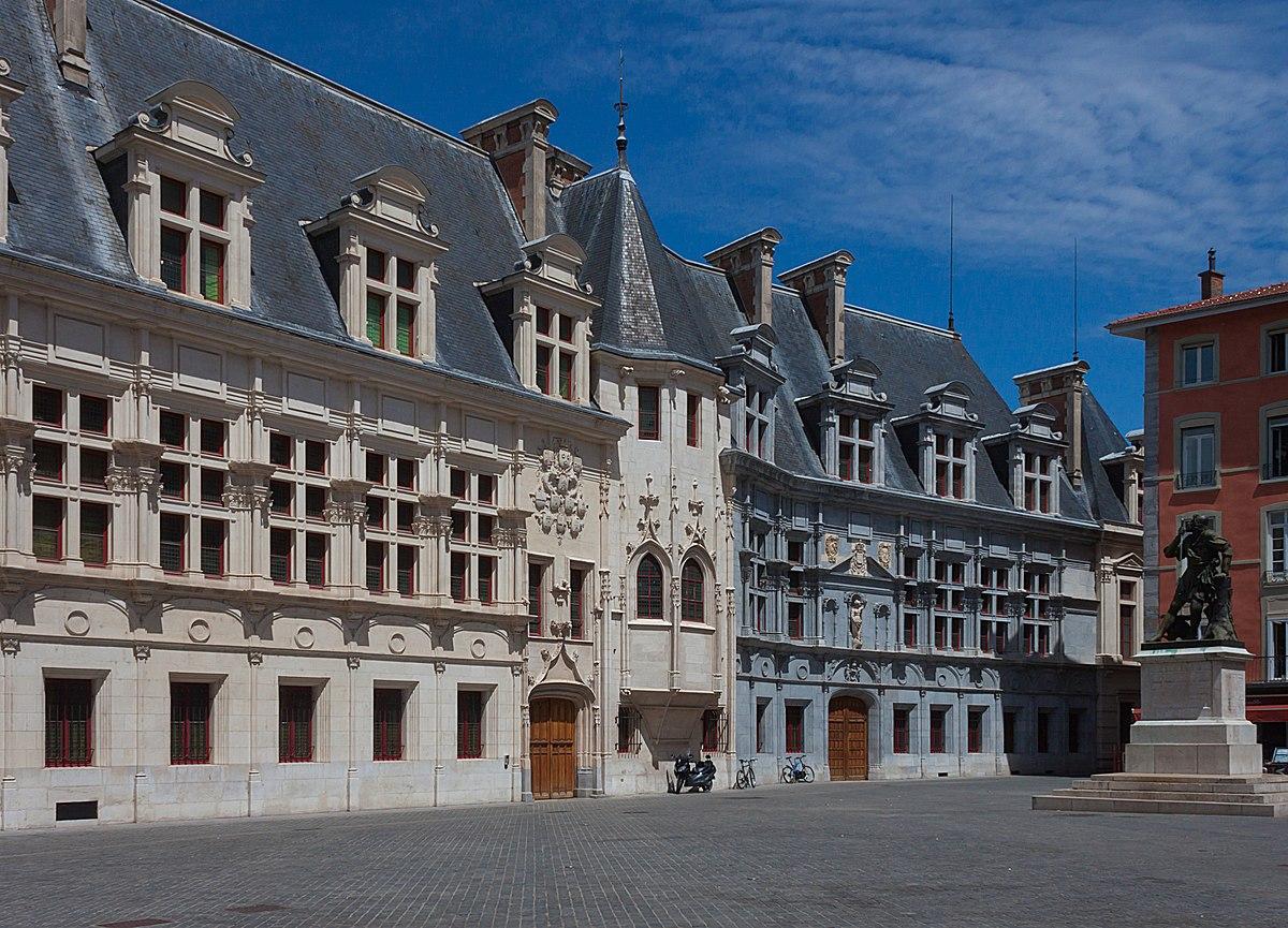 Palazzo del parlamento del delfinato wikipedia for Parlamento wikipedia