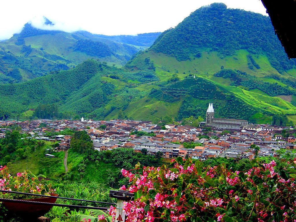 File panor micajard wikimedia commons for Alumbrado solar jardin