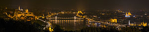 Panoramic view of Budapest 2014.jpg